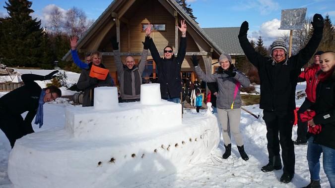 Top07: Schneeskulpturenbau