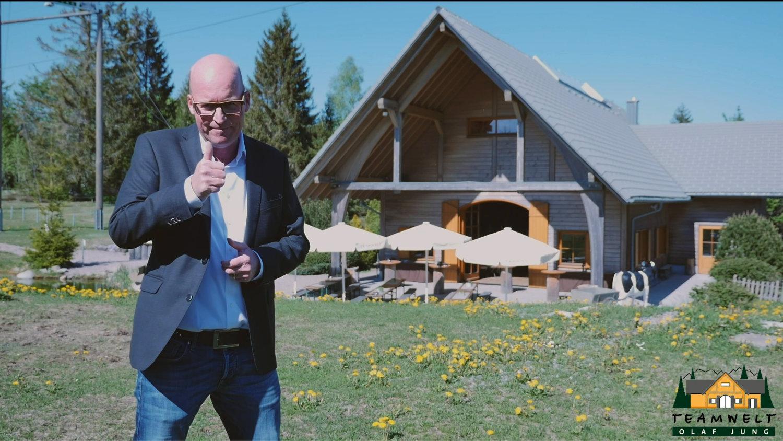 Tagungsraum im Schwarzwald – der Film
